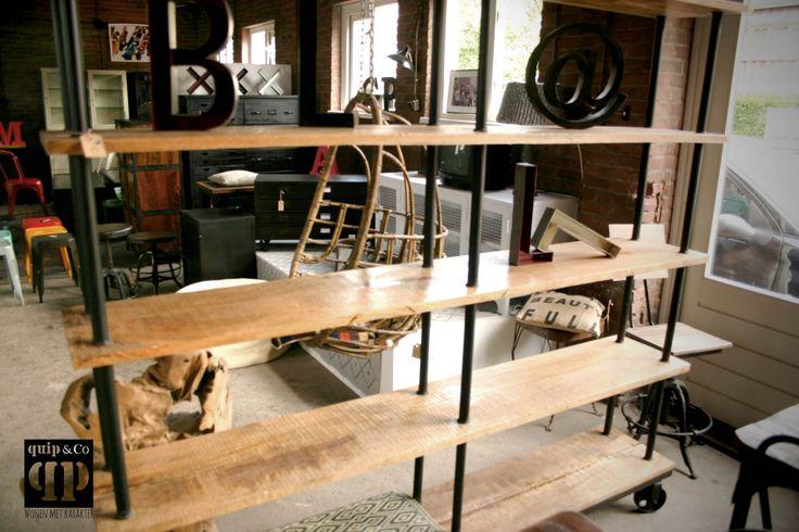 Open industri le kast met mango hout en ijzer woonkamer pinterest met en mango - Boekenkast hout en ijzer ...