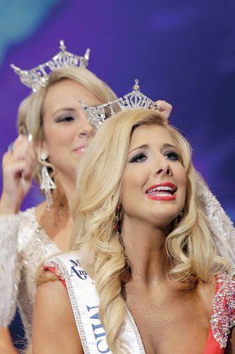 Miss Diamond Lakes Amy Crain Crowned Miss Arkansas 2013