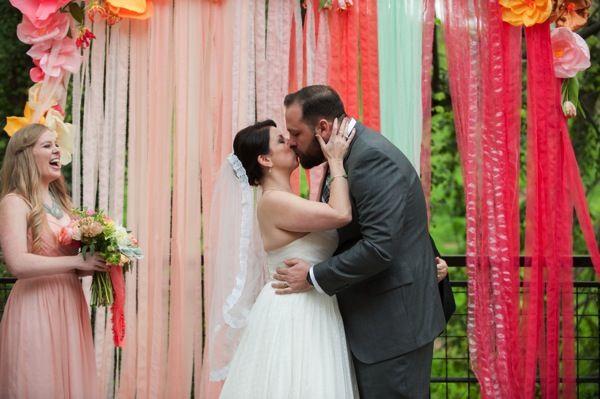 firstkiss wedding ceremony backdrop photobombed with love @azyoswife