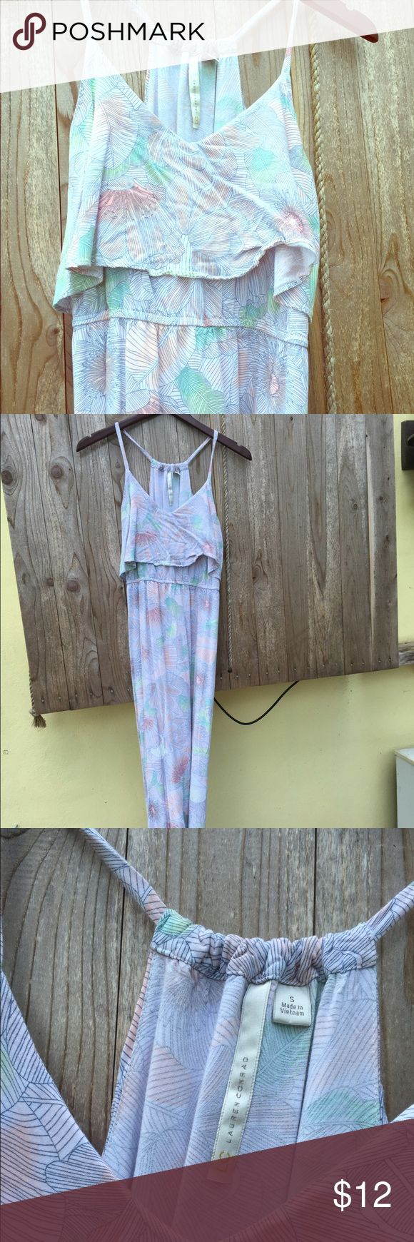 Pastel Maxi Lauren Conrad Pastel Maxi dress with floral and leaf pattern. Has skits on the side. Good used condition. Size small bit chest area is large enough to accommodate a medium. Length was perfect on me and I am 5 ft 4. LC Lauren Conrad Dresses Maxi