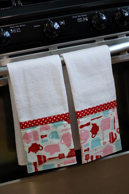 Tea towels-great gift. Use any fabric combination you like.  I love these!