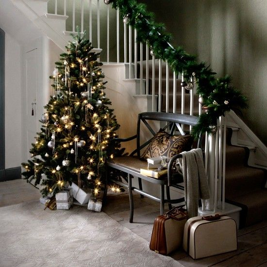 Modern Country Christmas Hallway Ideas over on Modern Country Style:  Click through for details!