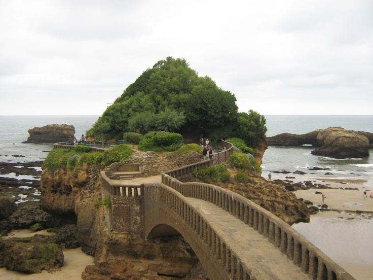 Biarritz - PAYS BASQUE - Amazing spot for a love declaration
