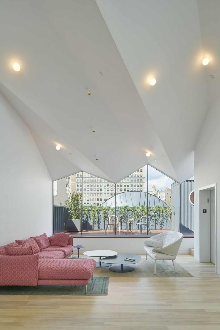 Impressive Extension 'Hides' Behind Cast-Iron Facade in New York - http://freshome.com/extension-New-York/