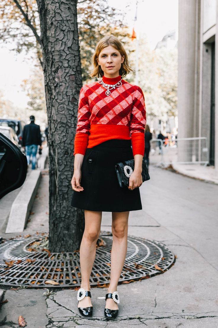 Clemence Poesy, details, details, details made the outfit.Paris SS18 Street Style VI