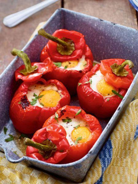 Gefüllte Paprika mit Spinat und Ei
