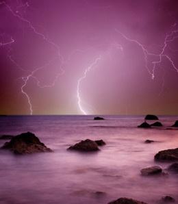 Sigo en busca de mi propia tormenta perfecta.