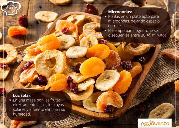Disfruta de unas frutas deshidratadas, el complemento ideal para tus desayunos, postres o para comer entre comidas. Puedes deshidratar la fruta que más te guste (mangos, manzanas, peras, plátanos). Córtalas en rodajas antes de hacer el proceso. Te mostramos cómo puedes hacerlo.