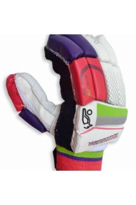 KOOKABURRA INSTINCT 250 CRICKET BATTING GLOVES #cricketbattinggloves #multicolouredgloves #battingglovesonline #sportsaccessoriesonline #onlinebattinggloves Shop now-  https://trendybharat.com/trendy-pitara/videshi-bazaar/kookaburra/kookaburra-instinct-250-cricket-batting-gloves-instinct-batting-gloves