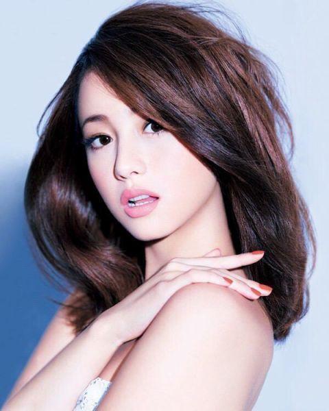 Erika Sawajiri Nude Photos 34