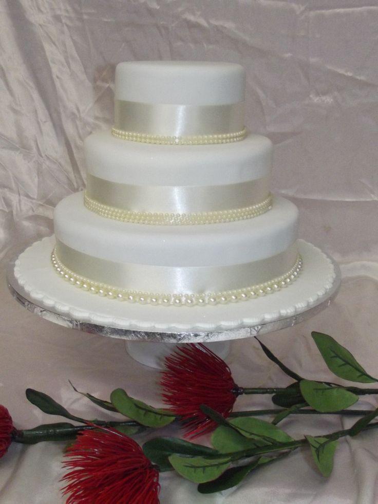 wedding cakes los angeles prices%0A   tier Round undecorated wedding cake fresco woosh co nz Email   fresco