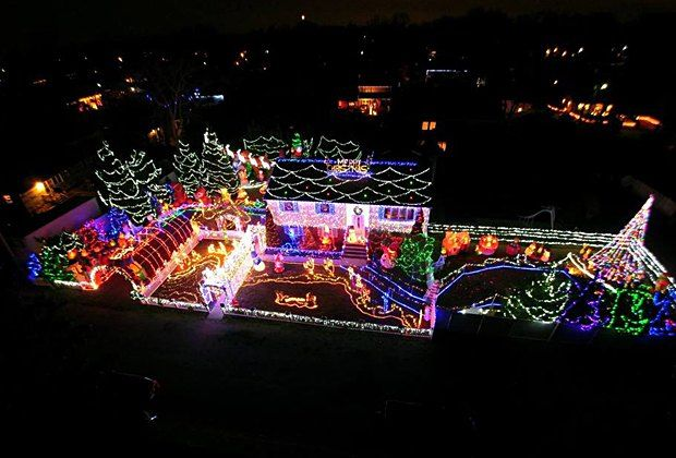 Best And Brightest Christmas Light Displays In New Jersey Best Christmas Lights Christmas Lights Holiday Lights Display