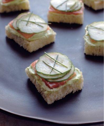 Adventures of The Foodaholic: Smoked Salmon with Wasabi Tea via @CatCora at Macy's in Dadeland Mall @mariasgoodtaste