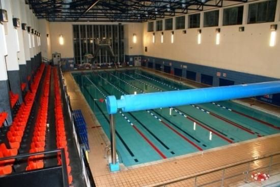 York Hall Leisure Centre In Bethnal Green Has An Oxford Dipper Poolside Hoist For Their Disabled
