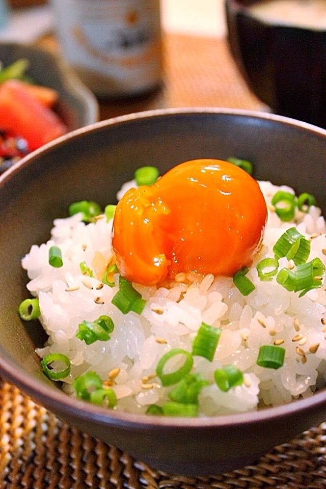 黄身がもっちもち!冷凍たまごをつかった簡単美味しいレシピ - SnapDish