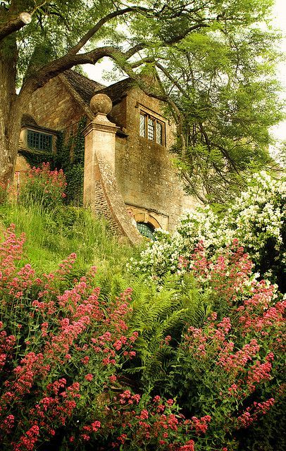 England Travel Inspiration - Snowshill Manor, Gloucestershire.