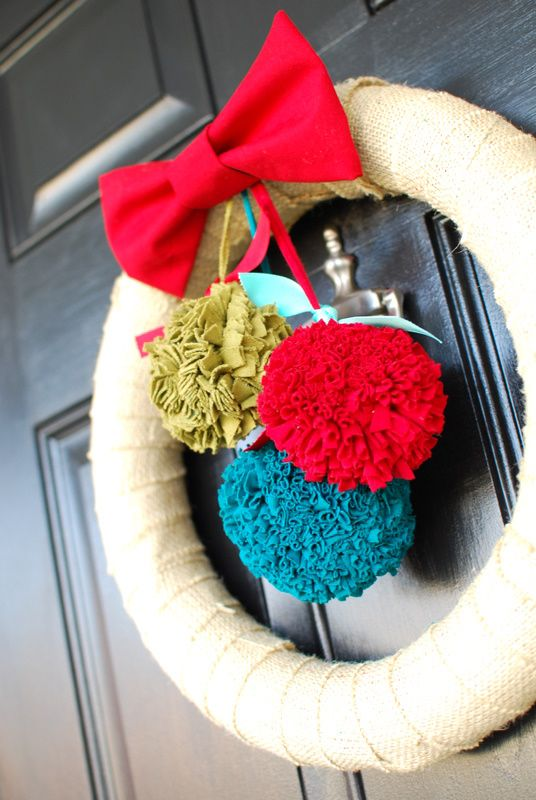 burlap christmas wreath - with interchangeable decorations!