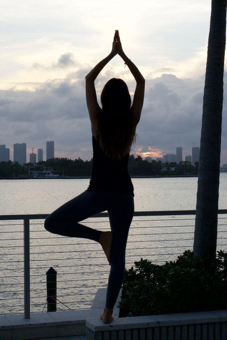 Yoga MegForIt.com
