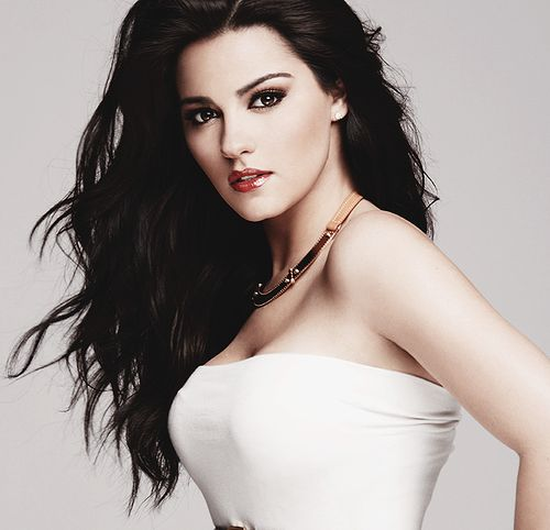 Maite Perroni, She looks like Alice (Madness Returns)!