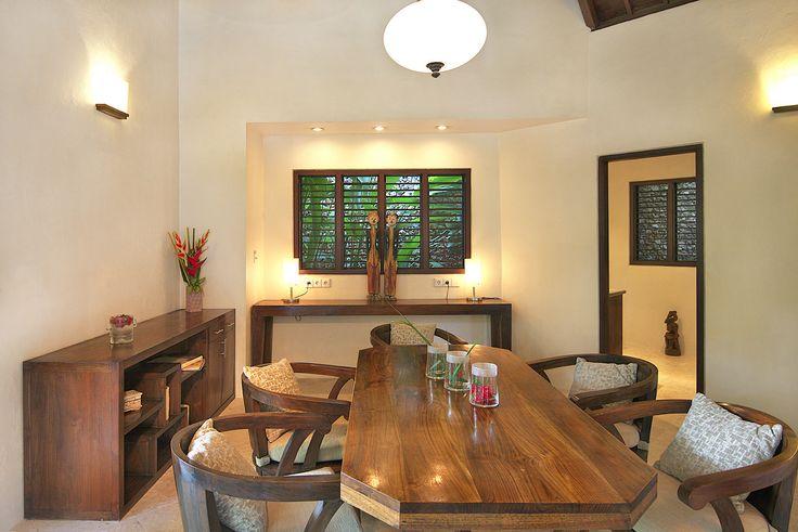 Villa 12 dining room at Villa Kubu, Seminyak, Bali