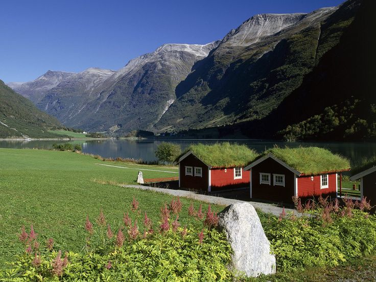 Norway...Lakeside House, Mountain, Little House, Peace Places, Lakes Home, Green Roof, Beautiful Places, Travel, Norway