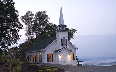 Visit some of #Sevierville #Tennessee's beautiful old country #Churches