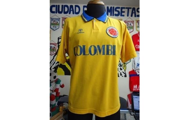 antigua camiseta de futbol de la seleccion colombia marca torino