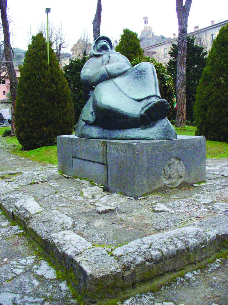 'Il fante che dorme', il monumento ai Caduti brisighellesi della Grande guerra, di Domenico Rambelli