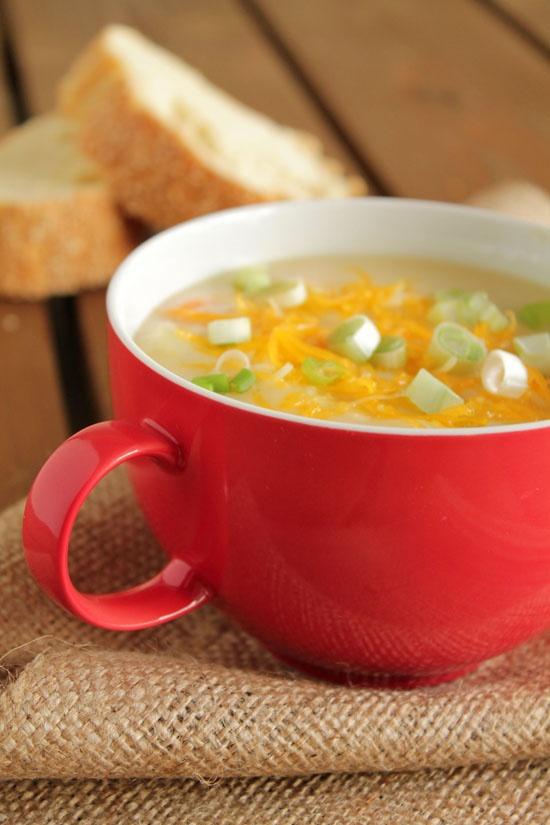 Creamy-potato-soup - site is orginally in greek - chrome translates.