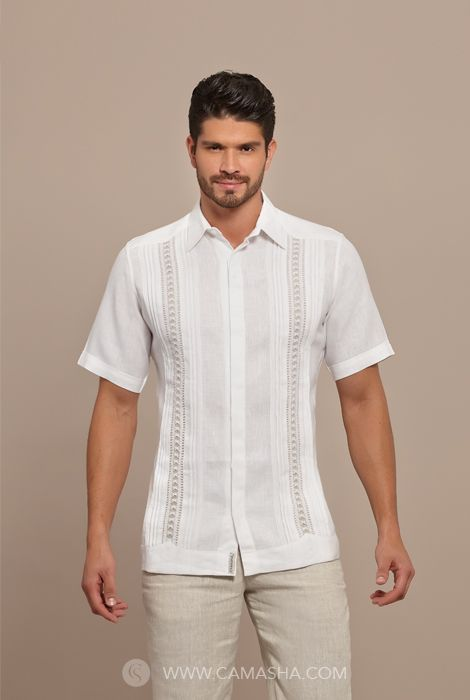 Best 25 guayabera wedding ideas on pinterest formal for Boda en jardin como vestir hombre