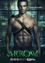 ARROW: La segunda temporada de Arrow está basada en la historia del superhéroe de DC Comics, Flecha Verde, y protagonizada por Stephen Amell y Katie Cassidy, la cual fue estrenada el 9 de octubre de 2013.