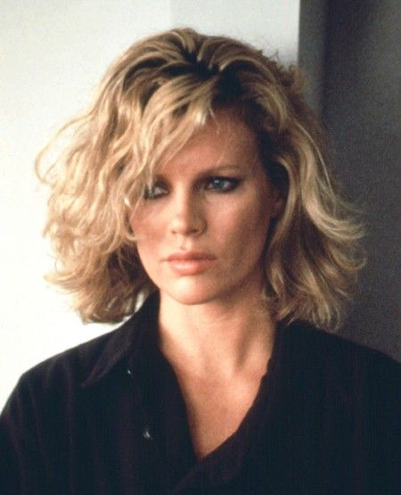 Kim Basinger - she always has the best hair. I think this is the best picture of her.
