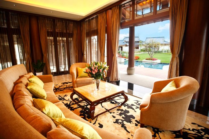 Our modest villa lounge  #luxurytravel #china #travel #chinavilla #luxuryvilla