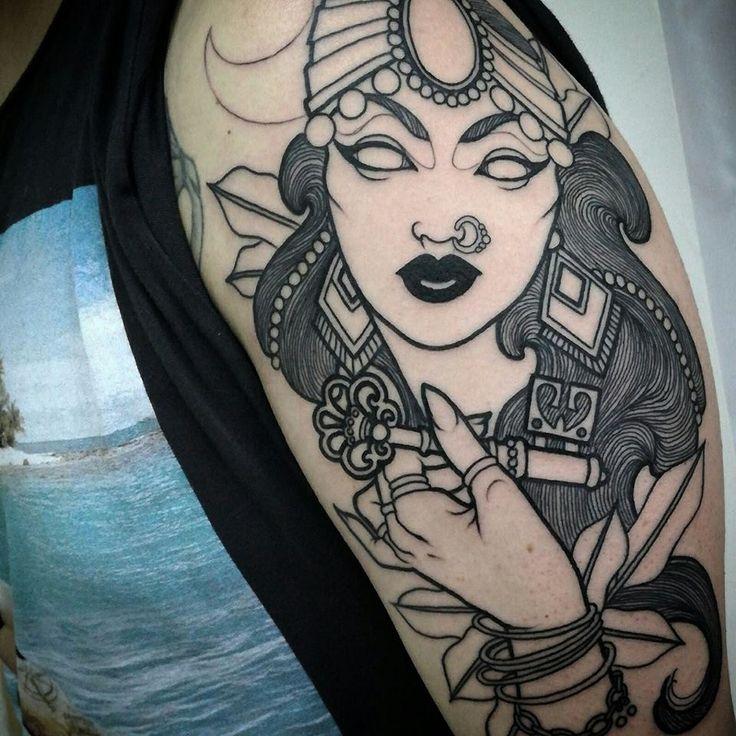 Neo Traditional Gipsy by Eleonora Rizzi  #neotraditional #gipsy #cat #tattoo #milano #tatuaggi #tattoos #woman #gitana #black #blackwork #blacksubmission #key #hand #nosering   INFO: Liber.Arte Tattoo, Piercing & Supply Milano Via illirico 11 - 0292885793 www.liberartetattoosupply.it www.liberartetattoopiercing.it