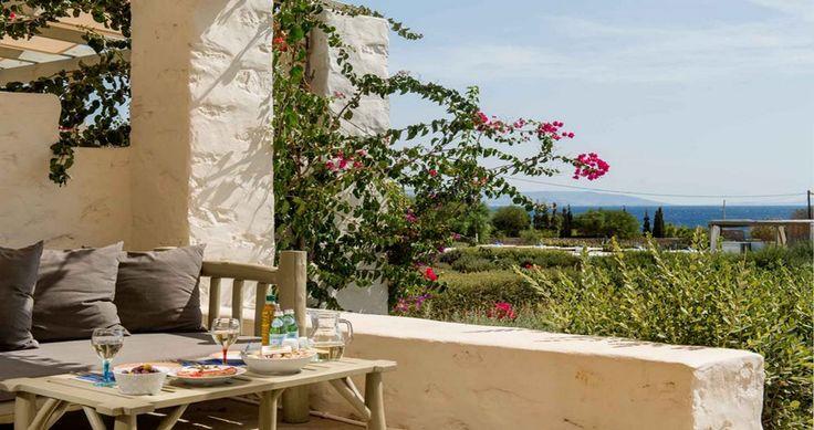 "Discover Villa ""Alkestis"", Paros Island, Greece ! You can rent it ! #luxury #villa #rent #holidays #greece #vacances #grece #alouer #aroomwithaview #sea #bedroom #decoration #swimmingpool #beautiful #sunset #luxuryvilla"