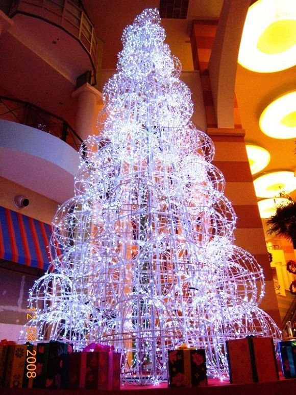 1000 images about christmas trees all aglow with for Amazing christmas tree decorations
