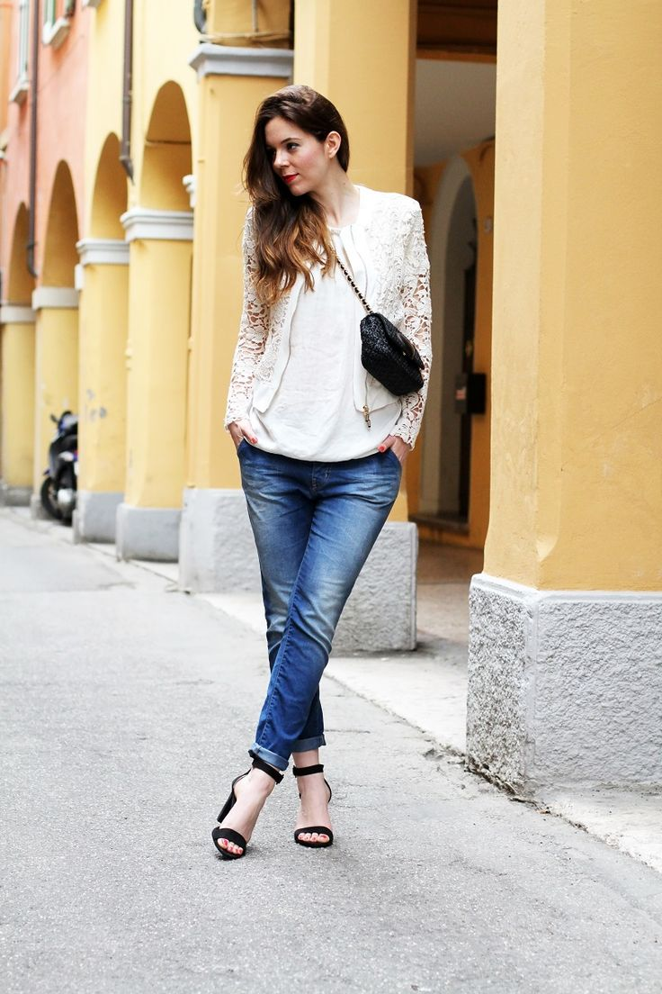 a casual chic outfit wearing boyfriend jeans by rinascimento, a lace jacket, black zara sandals and moschino cheap and chic bag   fashion blogger, fashion blog Irene's closet www.ireneccloset.com