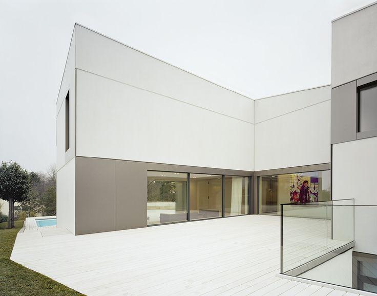 Hoch Am Hang: Wohnhaus In Tübingen