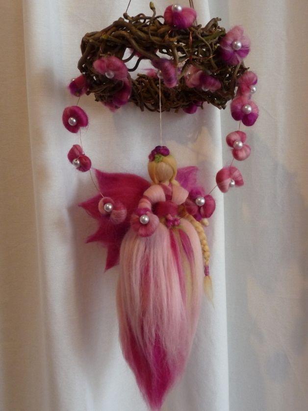 Deko-Objekte - Elfe Frühling Mobile Rosenfee Dornröschen - ein Designerstück von Holzwolle-Spielkunst bei DaWanda