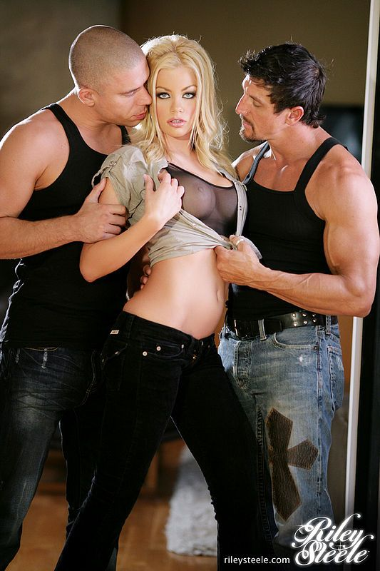 """A ThrowbackThursday pic from #DP's """"RILEY STEELE SO FINE"""" #RileySteele"""