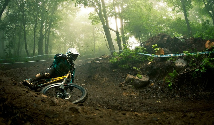 Cutting through the berm - YETI Bikes