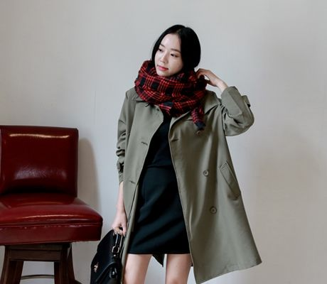 Loveliness of the female clothing shop. [Whitefox] check pattern big muffler / Size : FREE / Price : 17.75 USD #korea #fashion #style #fashionshop #apperal #koreashop #ootd #whitefox #acc #muffler #checkpattern #dailyitem