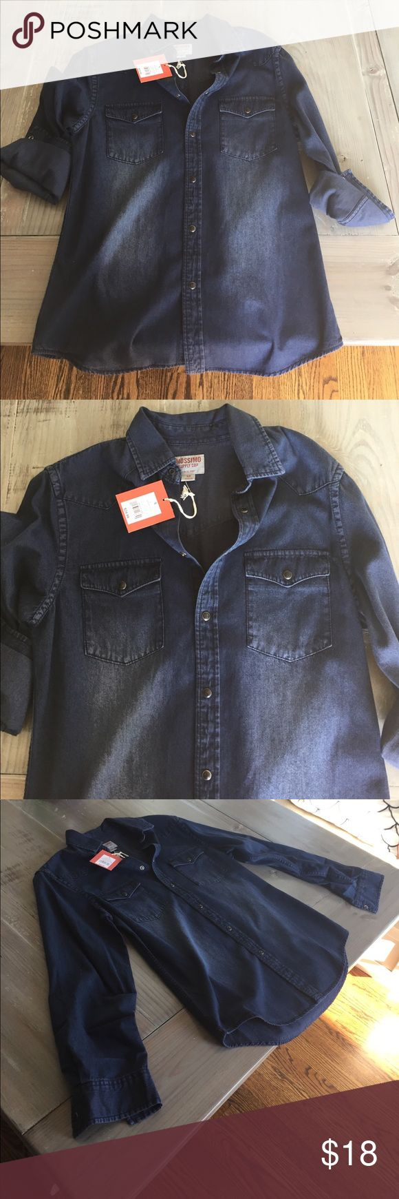 Mossimo Denim Button Up New With Tags Size Small Mossimo Denim Button Up. New with tags. Never worn. Size is small. Thanks and let me know if you have any questions! Mossimo Supply Co Tops Button Down Shirts