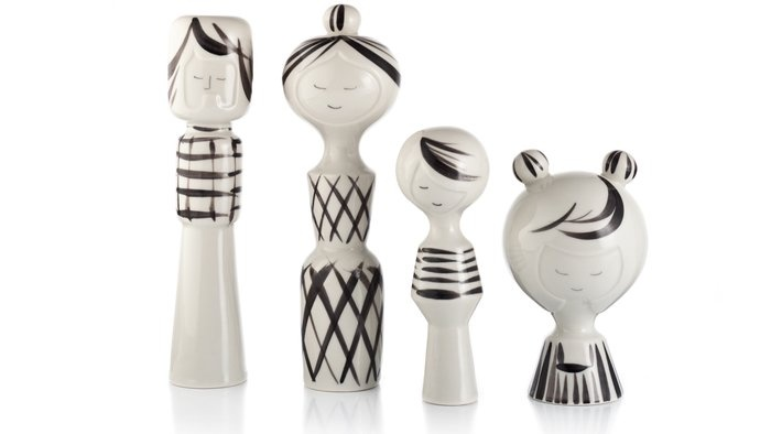 Modern Kokeshi Family by Klein Reid. These would be so pretty on my fireplace mantel.