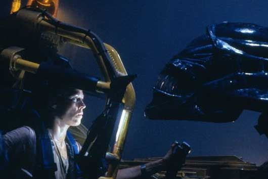 Movie Review – Aliens (Directors Cut) Fernby Films