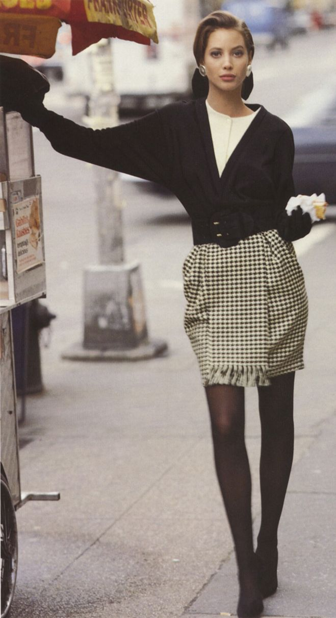 Christy Turlington sports a textured Anne Klein skirt cinched with a structured belt.