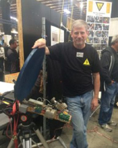 """Ham Radio is Not Dead Yet by Danielle Roof http://n1fd.org/2017/03/02/ham-radio-is-not-dead-yet-by-danielle-roof/ Meet Joel Wilhite, or KD6W as he's known in the American Radio Relay League. Yes, Joel is a competitive ham radio enthusiast. Joel admits to using a """"store bought"""" shortwave radio back in the early 80s when he first started this hobby, but his focus ever since has been one of..."""