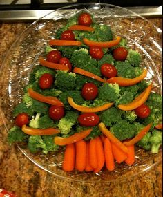 Easy Christmas Party Food Ideas - Festive Party Platter - Click Pic for 20 Delicious Holiday Appetizer Recipes (SALGADOS E DOCES)