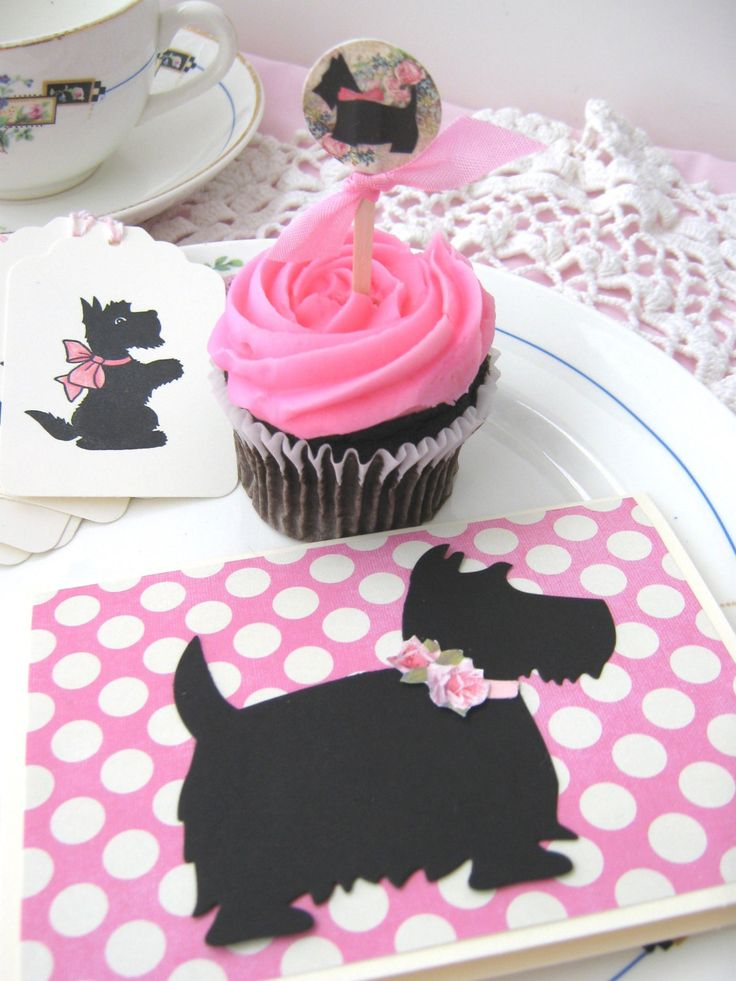 Scotty Dog Notecards, Scottie Dog invitations, Scottie Notecards. $15.95, via Etsy.