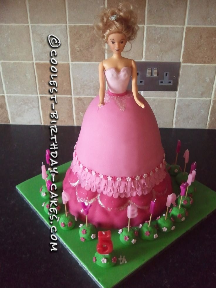 Coolest Princess Birthday Cake... This website is the Pinterest of birthday cake ideas